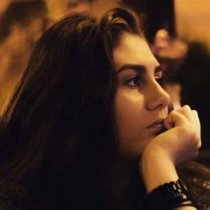Ana-Maria Romanian consultant (1)